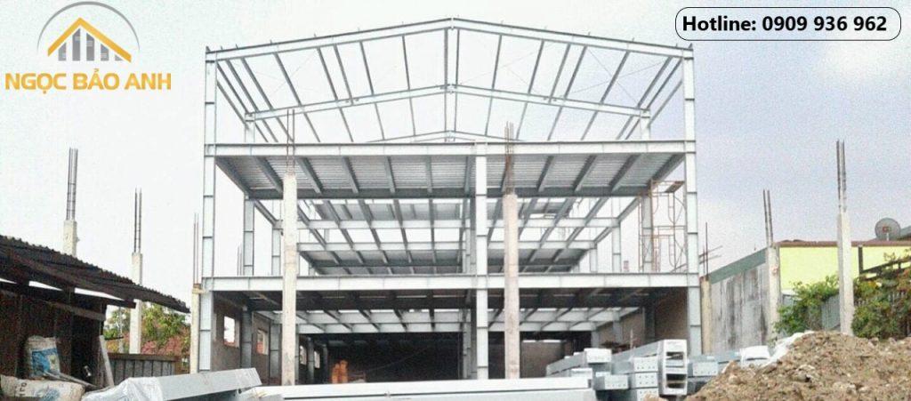 Xây dựng showroom 3 tầng bằng khung thép