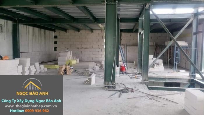 nhà thép sử dụng gạch AAC