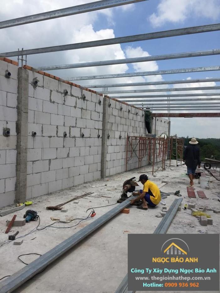 xây nhà yến bằng gạch nhẹ